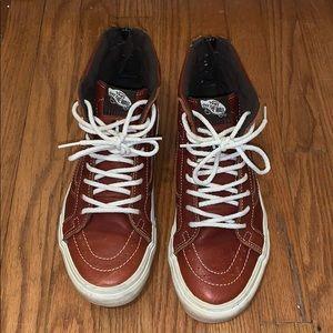 Vans Sk8-HI Leather Shoe